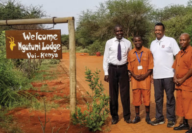 African Safari: Ngutuni Game Sanctuary
